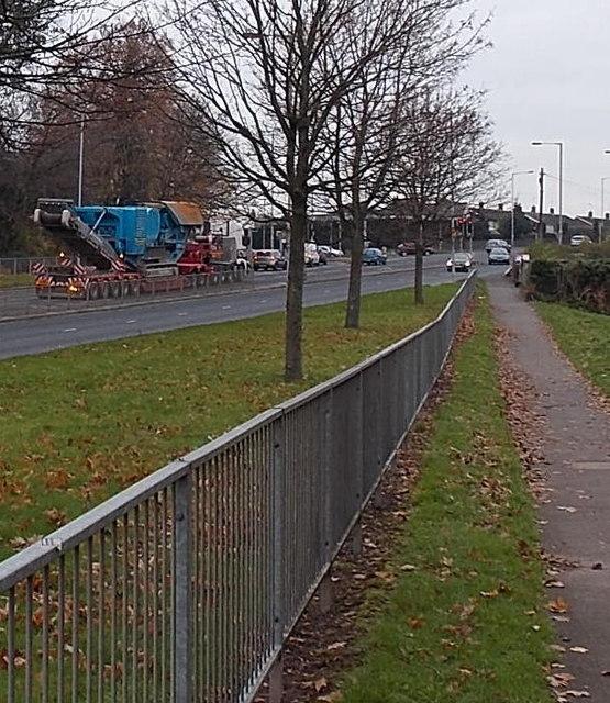 Very heavy load on Malpas hill, Newport