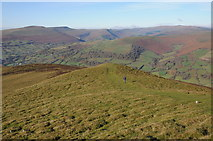SO2718 : View over the western Black Mountains by Philip Halling