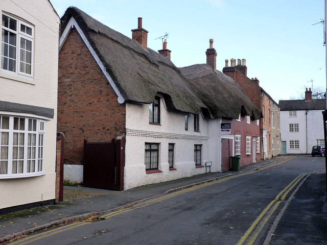 2 Bath Street and 10 The Green, Syston