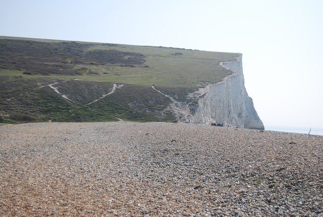 Approaching Cliff End