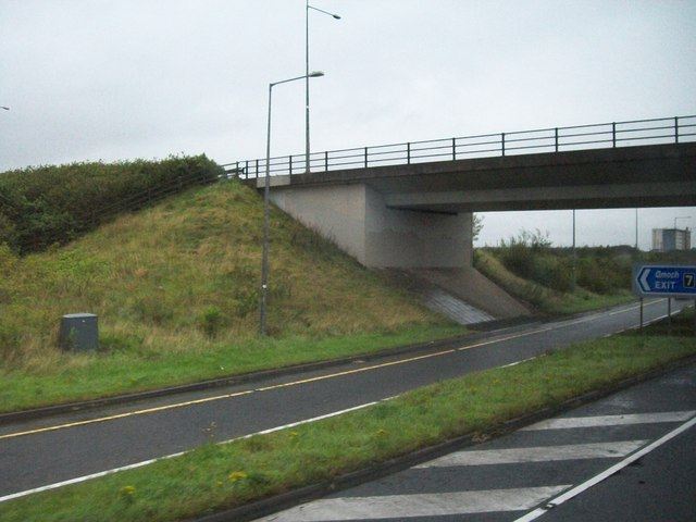 Bridge carrying the Gormanstown Road over the M1 at Junction 7