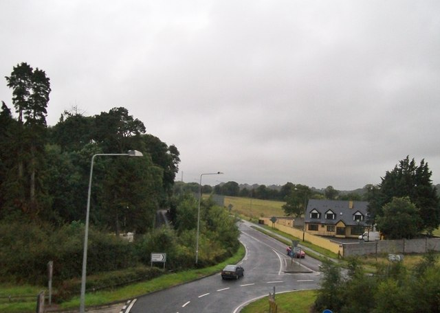 Roundabout on the R152 at Junction 8 of the M1