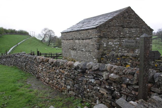 Barn beside the Pennine Way in Gayle