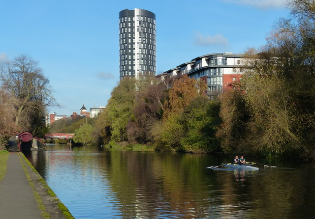 Rowing along the River Soar in Leicester