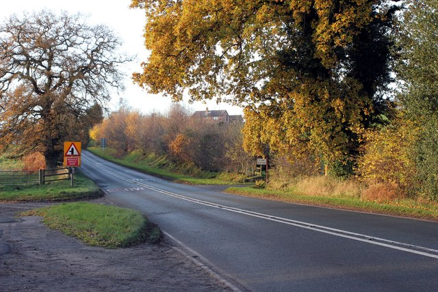 The A534 (Wrexham Road) at Gallantry Bank