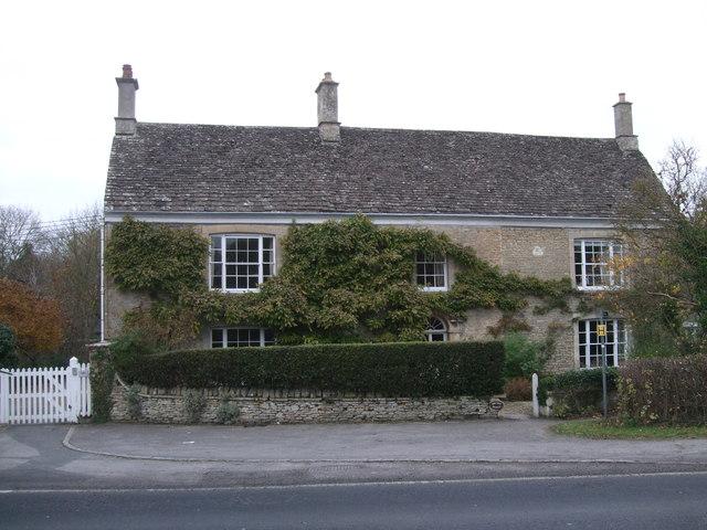 Bridge House, Downington, Lechlade