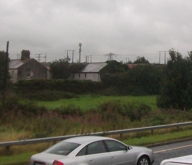 Farmhouse and electricity sub-station at the north end of the Mary McAleese Bridge, Drogheda