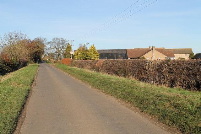 Newstead Lane past Carr's Lodge
