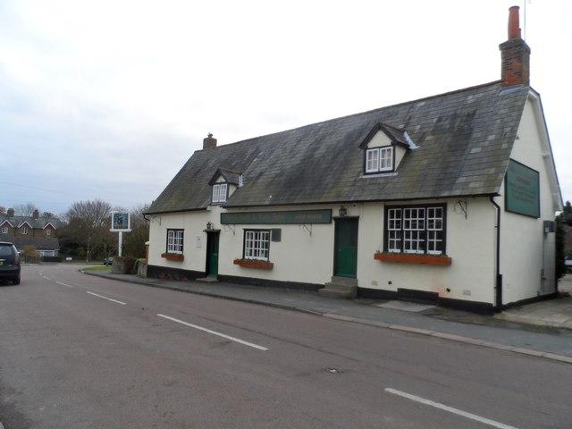 Robin Hood and Little John pub, Tonwell by Bikeboy