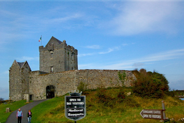 Galway Bay - Dunguaire Castle (16th century tower house)