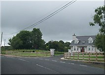 H9618 : Bungalow on the Silverbridge Road by Eric Jones