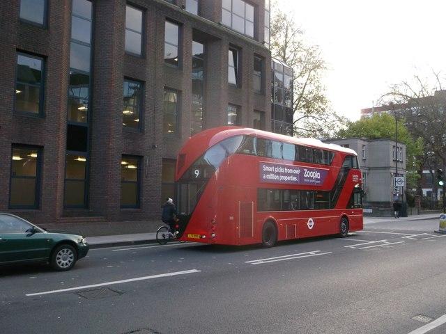 Boris Bus on Hammersmith Road