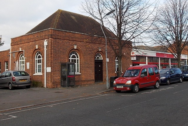 SW side of Shirley Avenue post office, Southampton