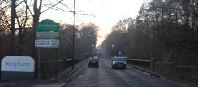 Oldham Road crosses the River Medlock