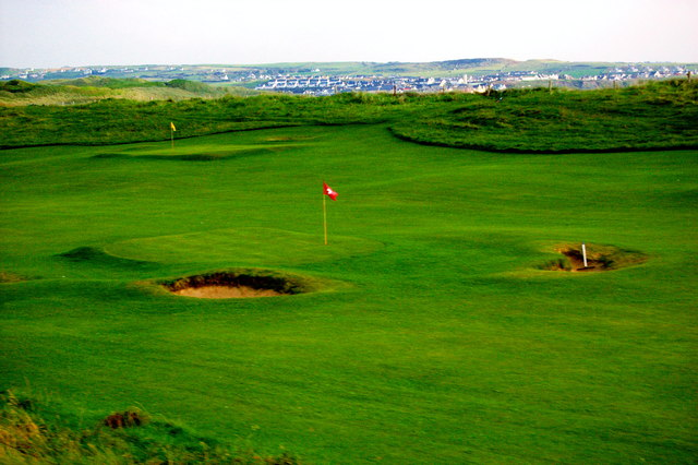 Liscannor Area - Pitch & Put Golf Course - Lehinch in Distance