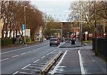 SK5802 : City bound along Aylestone Road by Mat Fascione