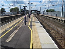 TL0624 : Leagrave railway station, Bedfordshire by Nigel Thompson