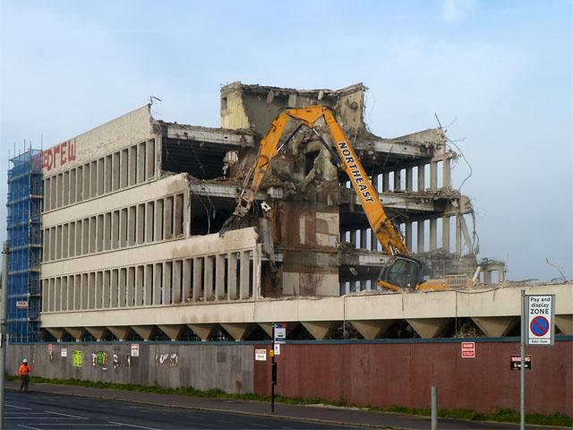 Demolishing Esplanade House