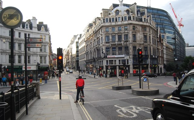 End of Ludgate Hill, beginning of Fleet St