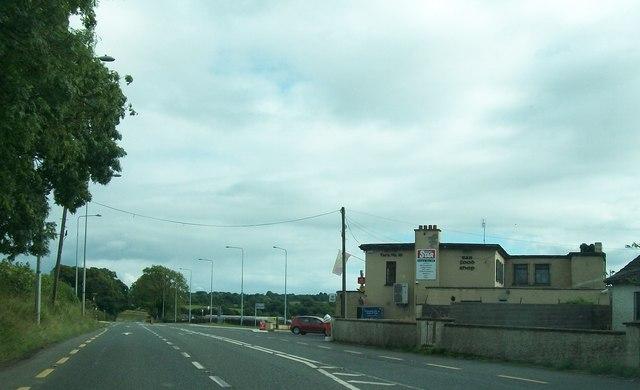 The Tara na Ri Lounge and Bar  at Garlow Cross on the R147