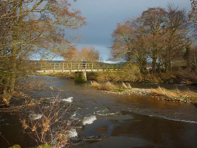 Footbridge over the Eden near Beckfoot
