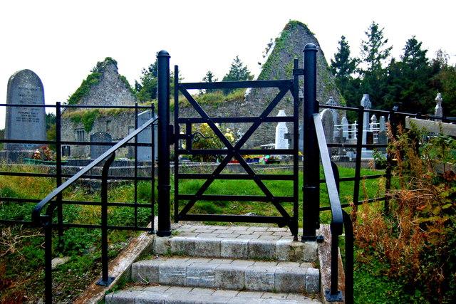 Bunratty - Gate to Derelict Bunratty Church & Graveyard