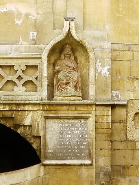 Roman Baths - Statue of King Bladud