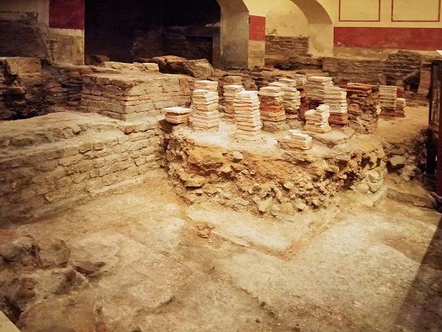 Roman Baths - Caldarium (Hot Bath)