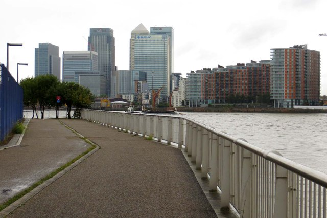 The Thames Path by Blackwall Point