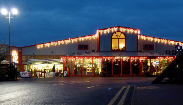 Christmas Comes To Brigg Garden Centre C Jonathan Billinger Geograph Britain And Ireland