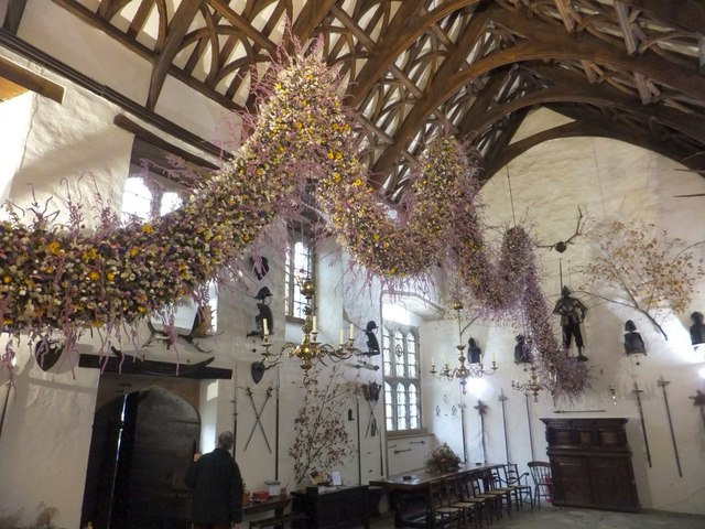 The Christmas Garland at Cotehele House 2013