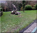 ST1871 : Wood sculpture in Alexandra Park, Penarth by Jaggery