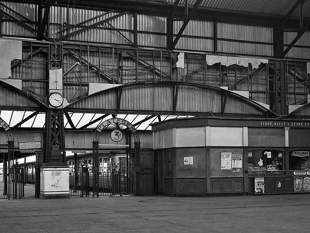 Queen's Quay station - interior - 1976 (2)