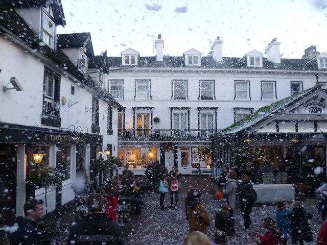 'Snow' at The Pantiles