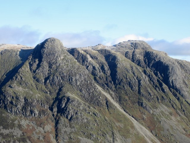 The Langdale Pikes seen from the Band