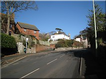 SX9473 : Footpath out of Highgrove Park joins Dawlish Road by Robin Stott