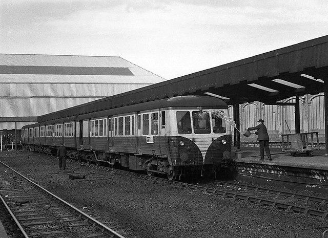 Queen's Quay station - Platform 3 (1)