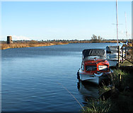 TG3504 : The River Yare by Buckenham Ferry drainage pump by Evelyn Simak