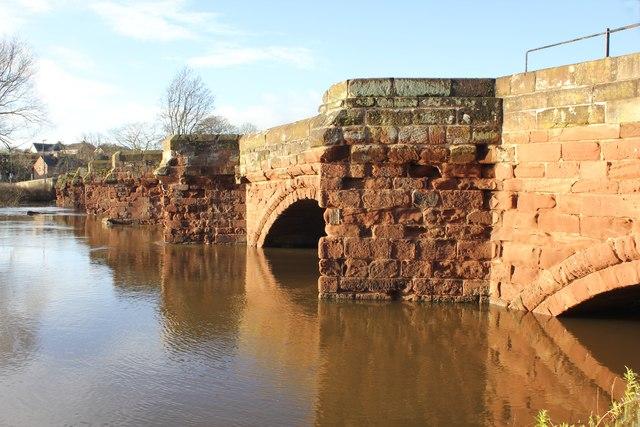 Farndon Bridge over the Flooded Dee