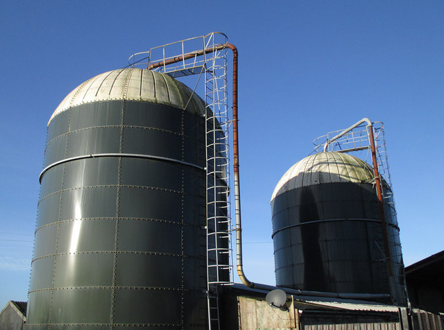 Pipes and access ladders for slurry silos
