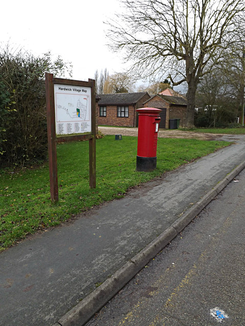 Hardwick Village Map & St.Neots Road Postbox