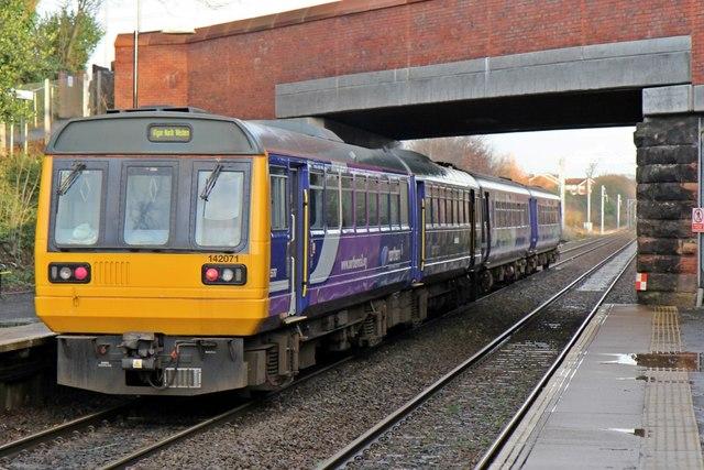 Northern Rail Class 142, 142071, Eccleston Park railway station