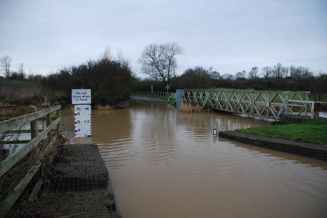 Walcot Ford, Pinvin in Flood