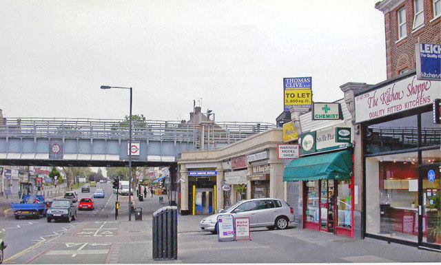 North Harrow: entrance to station on Imperial Road, 2006