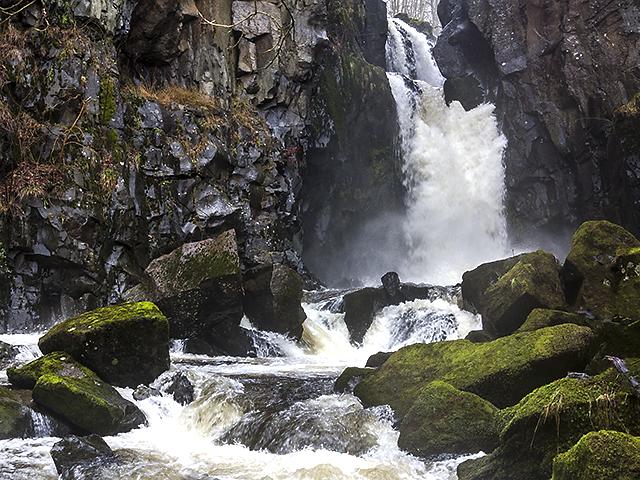 Cauldron Linn and the River Devon