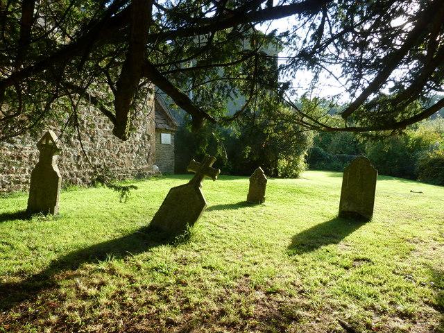 St Edwold, Stockwood: churchyard (1)