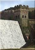 SK1789 : Standing below Derwent Reservoir by Neil Theasby