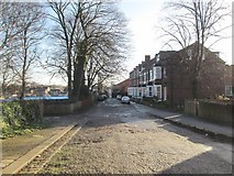 SE3321 : College Grove View - College Grove Road by Betty Longbottom