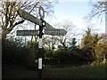 SP8605 : Route choices at the hamlet of Dunsmore by Peter S