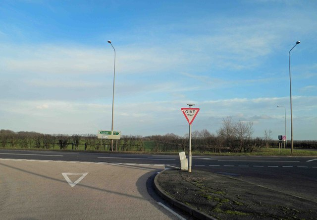 B1206 junction with A15